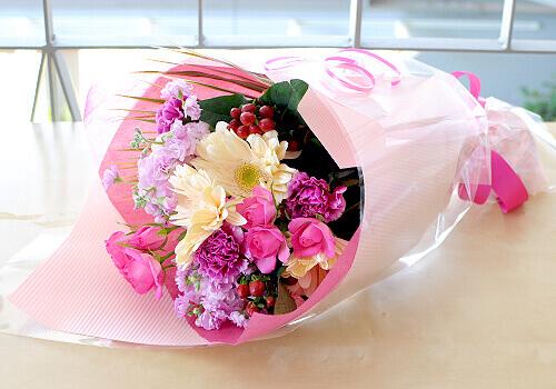 誕生花を入れた花を贈るには